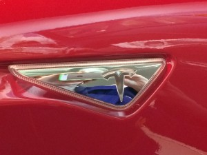 Tesla insignia